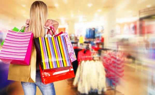 क्या आपको भी है बेवजह शॉपिंग करने की आदत, हो सकती है ये बीमारी