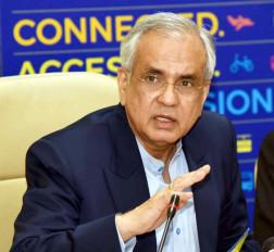 चालू वित्तवर्ष की दूसरी छमाही में बेहतर रहेगी आर्थिक विकास दर : राजीव कुमार (साक्षात्कार)