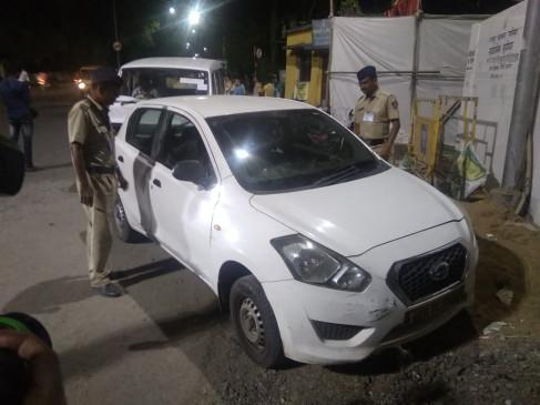 उड़नदस्ते और आयकर विभाग की कार्रवाई, तीन कार से करोड़ रुपए जब्त किए