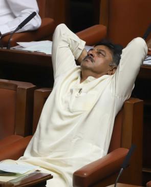 कर्नाटक के पूर्व मंत्री शिवकुमार को 25 अक्टूबर तक न्यायिक हिरासत में भेजा