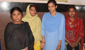 जीआरपी ने पकड़ा ट्रेन में चोरी करने वाली महिलाओं का गिरोह