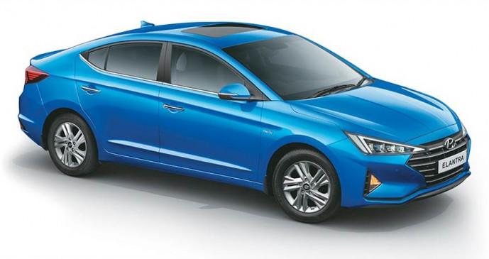 Hyundai Elantra फेसलिफ्ट भारत में लॉन्च, जानें कीमत