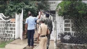 तीन प्रतिष्ठानों पर आयकर विभाग का छापा - जबलपुर से आई टीम कर रही जांच