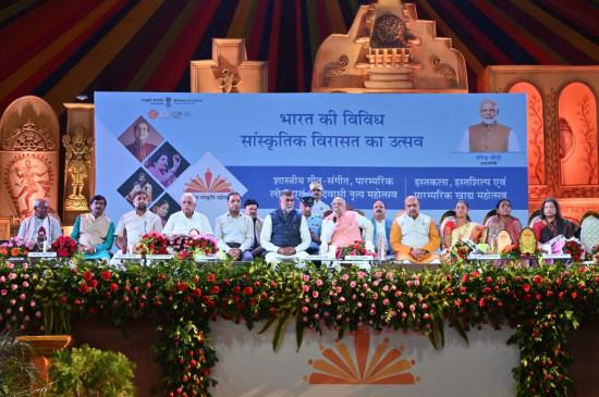 भारत ही एकमात्र देश है, जो विपरीत परिस्थितियों में भी अपनी संस्कृति को बचाए हुए है- राज्यपाल