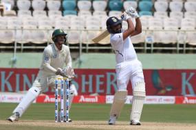 IND VS SA 1st Test: पहले दिन भारत का स्कोर 202 रन, बतौर ओपनर रोहित ने जड़ा पहला टेस्ट शतक
