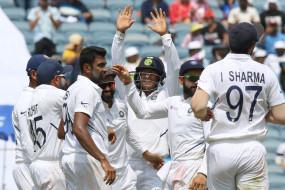 घर में लगातार 11 टेस्ट सीरीज जीतने वाला पहला देश बना भारत, अफ्रीका को पारी और 137 रन से हराया