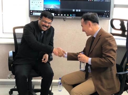 मंगोलिया को रिफाइनरी के लिए अतिरिक्त 23.6 करोड़ डॉलर कर्ज देगा भारत