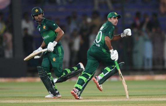 कराची वनडे : पाकिस्तान ने श्रीलंका को 5 विकेट से मात दे सीरीज जीती