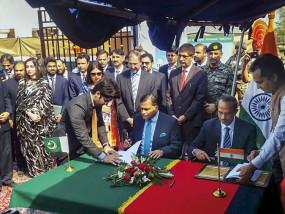 भारत-पाक ने किए कर्तारपुर कॉरिडोर के एग्रीमेंट पर साइन, 9 नवंबर को उद्घाटन