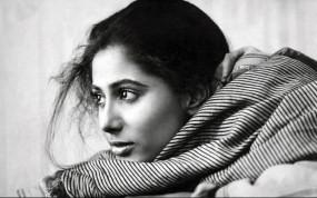 B'day: स्मिता पाटिल की मुस्कुराहट ने लूटा लोगों का दिल, इस वजह से चर्चाओं में रहीं
