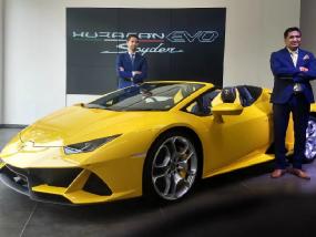 Lamborghini Huracan Evo Spyder भारत में लॉन्च, 3.1 सेकंड पकड़ती है 100 की रफ्तार