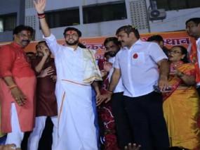 महाराष्ट्र चुनाव : दादा ने दिया था नारा-'बजाव पुंगी, हटाव लुंगी', पोते ने पहनी लुंगी