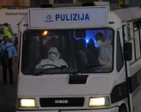 माल्टा: प्रवासी केंद्र पर दंगों के बाद 80 पर मामला दर्ज