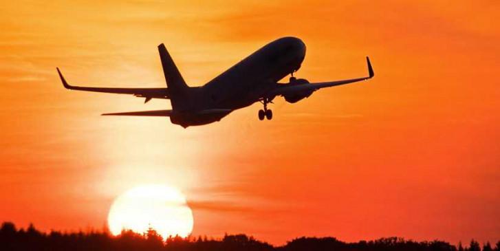 हैदराबाद का विमान रद्द, कई उड़ानों हुई लेट
