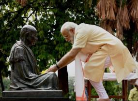 पूरी दुनिया आज मना रही बापू की 150वीं जयंती, जाने भारत में कहां होंगे कार्यक्रम