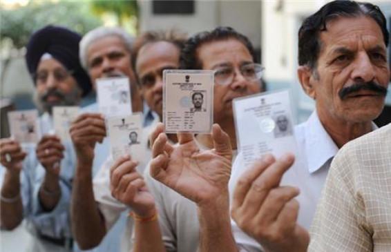 मतदान : नक्सल प्रभावित इलाके से भी पिछड़ जाते हैं आर्थिक राजधानी के वोटर