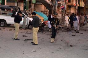 पाकिस्तान : प्रदर्शनकारियों को टेंट, साउंड सिस्टम, कैटरिंग, होटल देने पर पाबंदी, कारोबारी बिफरे