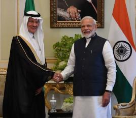 सऊदी किंग से मिले PM मोदी, ऊर्जा क्षेत्र में आपसी संबंध बढ़ाने पर चर्चा की