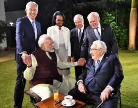 मोदी ने वैश्विक कंपनियों से भारत में 5 लाख करोड़ की अर्थव्यस्था बनाने को पर चर्चा की