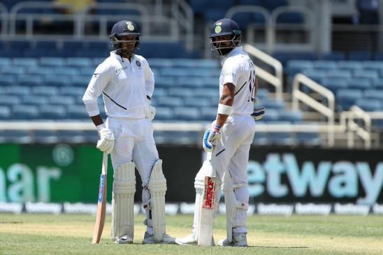 पुणे टेस्ट : कोहली के शतक से मजबूत स्थिति में भारत