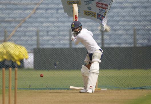 पुणे टेस्ट : भारत ने चुनी बल्लेबाजी, दोनों टीमों में 1-1 बदलाव