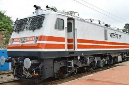 भारतीय रेलवे ने 10 साल में कबाड़ बेचकर कमाए 35 हजार करोड़ रुपये