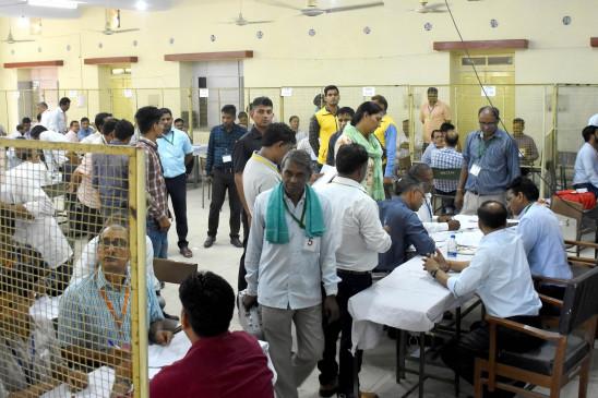 राजस्थान : मांडवा व खींवसर सीट पर दोपहर से पहले 25 फीसदी से अधिक मतदान