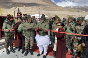 राजनाथ बोले: सीमा मुद्दे पर चीन से मतभेद, लेकिन कश्मीर हमारा आंतरिक मामला