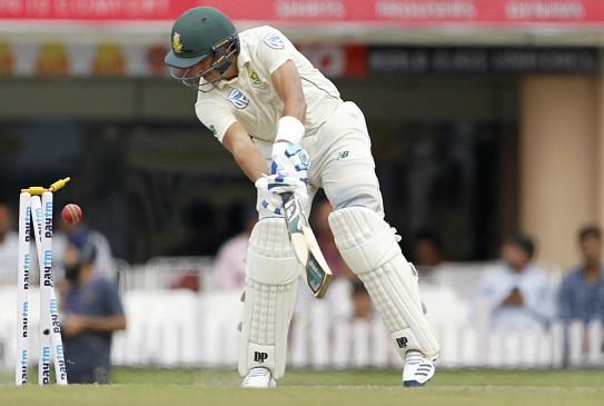 रांची टेस्ट : फिर लड़खड़ाई दक्षिण अफ्रीकी बल्लेबाजी