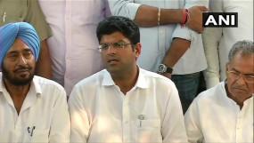 हरियाणा: JJP ने नहीं खोले पत्ते, चौटाला बोले- कुछ विधायक कांग्रेस और कुछ बीजेपी के समर्थन में