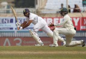सीरीज में तीसरे शतक के साथ रोहित ने पूरे किए 2000 रन