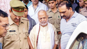 यौन उत्पीड़नः चिन्मयानंद अस्पताल से डिस्चार्ज, भेजा गया शाहजहांपुर जेल