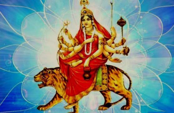 शारदीय नवरात्रि: तीसरे दिन करें मां चंद्रघंटा का पूजन, इन मंत्रों का करें जाप