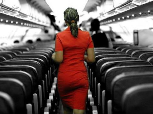 एक करोड़ रुपए के सोने की कर रही थी तस्करी, एयर होस्टेस गिरफ्तार