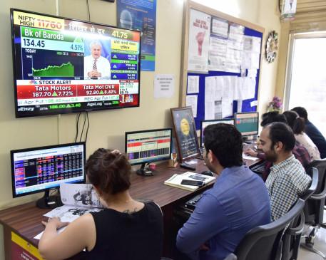 लाल निशान में खुला शेयर बाजार, सेंसेक्स 106 अंक कमजोर