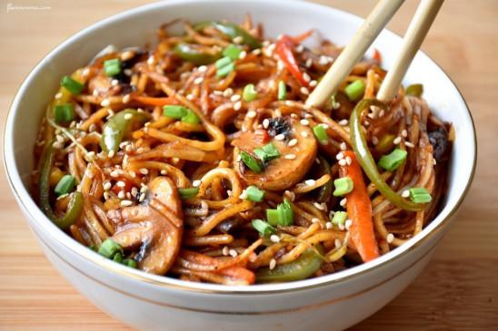 National Noodle Day: घर पर बनाएं टेस्टी हेल्दी नूडल्स, बच्चे हो जाएंगे खुश