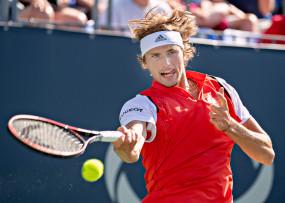 टेनिस : ज्वेरेव ने चीन ओपन के प्री-क्वार्टर फाइनल में जगह बनाई