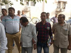 लोकायुक्त के नाम पर ठगी करने वाला गिरफ्तार - पंचायत सचिव से मांगे थे 50 हजार