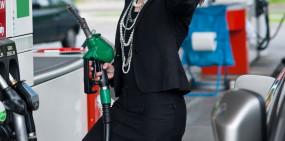 पेट्रोल और डीजल की कीमतों में नहीं हुआ कोई बदलाव, जानें आज के दाम