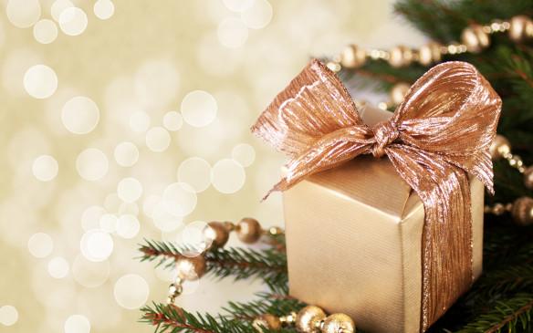 करवाचौथ स्पेशल: प्यार का इजहार है 'उपहार', पत्नी को दें यह तोहफा इस बार