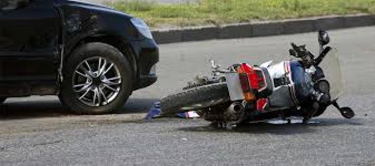 धुलिया-सूरत हाईवे पर ट्रक, रिक्शा, कार और बाइक की भिड़ंत, 16 घायल