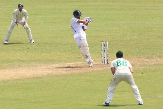 कोहली 40 इंटरनेशनल शतक लगाने वाले पहले भारतीय कप्तान बने, पोंटिंग की बराबरी भी की