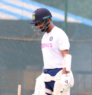 विशाखापट्टनम : भारत ने दक्षिण अफ्रीका को दिया 395 रनों का लक्ष्य