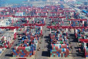 चीन में पहले 10 महीनों में आयात-निर्यात में 2.4 प्रतिशत वृद्धि