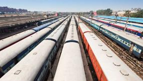 विद्युत लाइन में 30 मिनट के फाल्ट ने उड़ाई रेल प्रबंधन की सांस फूली