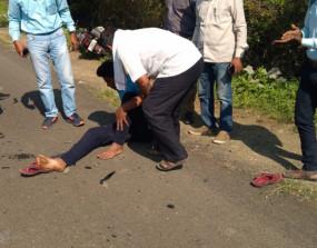 पवार के काफिले में शामिल वाहन से टकराई बाइक, चालक घायल