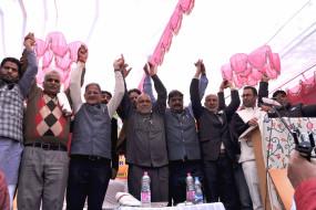कश्मीर के आतंक प्रभावित जिलों में जीत से भाजपा उत्साहित, घाटी में जमीन मजबूत करने में जुटी पार्टी