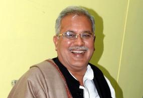 CM भूपेश बघेल का ट्वीट- मुंह में गांधी और दिल में गोडसे नहीं चलेगा