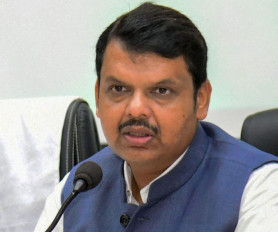 महाराष्ट्र में सियासी हड़कंप: सीएम देवेंद्र फडणवीस ने घर पर बुलाई आपात बैठक