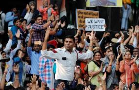 पुलिस vs वकील: 11 घंटे बाद दिल्ली पुलिस का धरना खत्म, सभी मांगे मानी गईं
